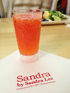 Sandra Lee's Strawberry Daiquiri Recipe