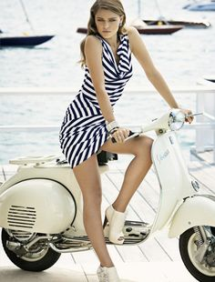 Black & White Vespa
