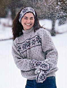 Cozy pullover with an inspiring winter-themed fair isle design. (Patons Yarns)