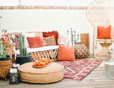 Modern Mexicana Dinner Party in The Desert – Parties, Entertaining Dinner Party Decorations, Fiesta Decorations, Desert Bachelorette Party, Mexican Interior Design, Mexican Fiesta Party, Lounge Party, Graduation Party Themes, Boho Baby Shower, Bridal Shower