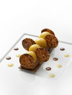Les Chocolait-cookies, thin chocomilk biscuit, Jivara chocolate mousse, and apricot sorbet.