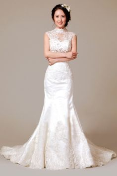 This elegant wedding dress is perfect for the budget-conscious bride. Elegant Wedding Dress, Cheap Wedding Dress, Wedding Gowns, Buy Wedding Dress Online, Honeymoon Outfits, Honeymoon Ideas, Trumpet Dress, Wedding Honeymoons, Bridal Dresses