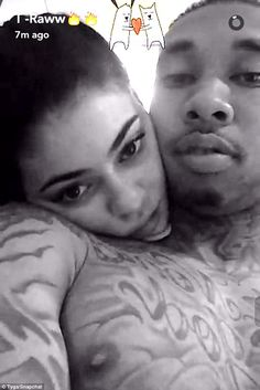 Tyga shares shirtless photo with Kylie Jenner Kylie Jenner Look, Kyle Jenner, Kylie Jenner Outfits, Kendall And Kylie Jenner, Tyga Baby, Black And White People, Jenner Sisters, Teenage Dream, Shopping