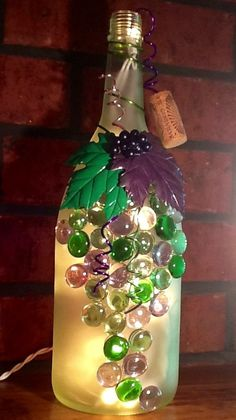 Frosted Purple and Green Wine Bottle Light Night by booklooks, $22.00 Wrapped Wine Bottles, Old Wine Bottles, Wine Bottle Corks, Painted Wine Bottles, Lighted Wine Bottles, Painted Wine Glasses, Bottle Lights, Wine Bottle Crafts, Bottle Decorations