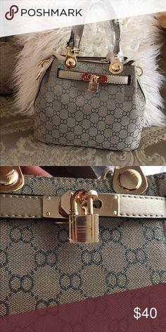 4ea6167246 Beautiful purse!!! 🦋 Super cute handbag!! Bags