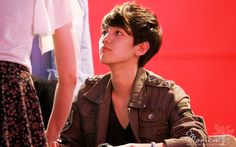 12.04.30 Fansign at Eejungbu (Cr: moments: moments1007.com)