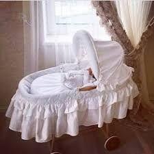 Resultado de imagem para moises para bebes elegantes en encajes