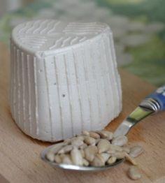 ricottina con latte di semi di girasole