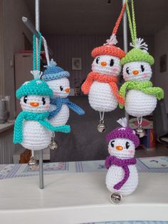 The Crochet Boulevard Crochet Dolls, Diy Crochet, Crochet Crafts, Crochet Projects, Crochet Snowman, Crochet Christmas Ornaments, Christmas Toys, Crochet Winter, Holiday Crochet