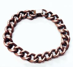 This vintage bracelet is made of solid copper. Vintage Jewelry, Copper, Boutique, Chain, Link, Bracelets, Etsy, Necklaces, Vintage Jewellery