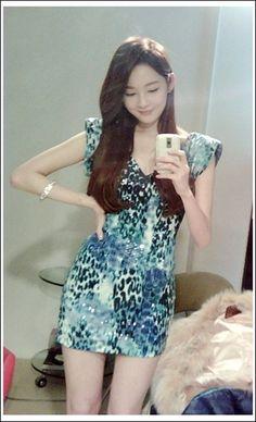 Really pretty blue-printed mini dress