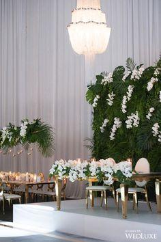 Creating Table Arrangements For Wedding Receptions – MyPerfectWedding Tropical Wedding Centerpieces, Tropical Wedding Reception, Floral Wedding, Wedding Decorations, Decor Wedding, Reception Ideas, Wedding Ideas, White Orchids, Tropical Paradise