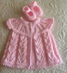 Baby Knitting Patterns Top All in one top down and Starting out dress Baby Knitting Patterns, Baby Cardigan Knitting Pattern, Knitting For Kids, Baby Patterns, Dress Patterns, Free Knitting, Knit Baby Sweaters, Knitted Baby Clothes, Baby Knits