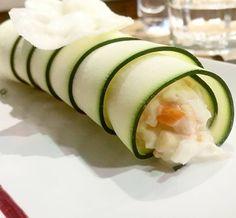 Canelones. Canelones de calabacín relleno de cangrejo huevo duro grosella y mahonesa.#DivinosSabores en el Menú del mediodía 1095 #onfanfood
