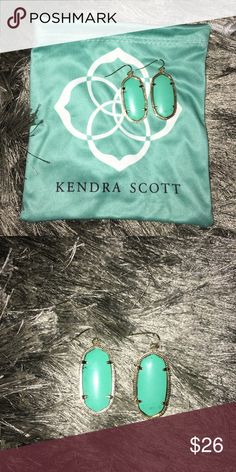 Kendra Scott Small Elle Filigree Drop Earrings These have been worn to a few events, but they are still in perfect condition! Kendra Scott Jewelry Earrings