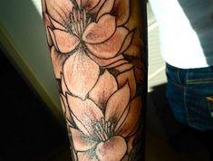 203 best blumen tattoos images on pinterest tattoo ideas. Black Bedroom Furniture Sets. Home Design Ideas