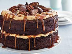 Chocolate Turtle Cake Chocolate Turtle Cakes, Chocolate Desserts, Flourless Chocolate, Chocolate Frosting, Chocolate Ganache, Cupcakes, Cupcake Cakes, Sweet Recipes, Cake Recipes