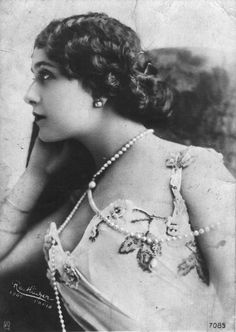 Image detail for -Black and white photo of Lina Cavalieri in beautiful vintage jewelry ...