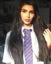 Chico de 17 años pasó de un look militar en la escuela a lucir como kim Kardashian (FOTOS) - Miami Diario Transgender, Long Hair Styles, Beauty, Long Hairstyle, Long Haircuts, Long Hair Cuts, Beauty Illustration, Long Hairstyles, Long Hair Dos
