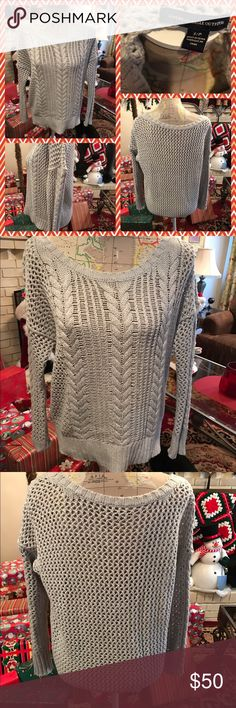 Like New American Eagle Cable Knit Crew Sweater Like new American Eagle tan colored open stitch cable knit long sleeve sweater with Crew neckline.  Size small.  No trades.  Will price drop. American Eagle Outfitters Sweaters Crew & Scoop Necks