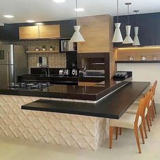 [New] The 10 Best Home Decor (with Pictures) - Cozinha gourmet belíssima. Kitchen Room Design, Kitchen Cabinet Design, Modern Kitchen Design, Home Decor Kitchen, Interior Design Kitchen, Kitchen Furniture, Home Kitchens, Kitchen Ideas, Modern Design