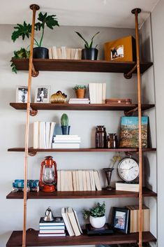 Stylish Innovative DIY Industrial Pipe Shelves You Can Make At Home Copper Pipe Shelves, Diy Pipe Shelves, Industrial Pipe Shelves, Wood Floating Shelves, Metal Shelves, Corner Shelves, Pipe Shelving, Industrial Lamps, Industrial Furniture