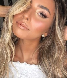 100 Best Natural Makeup Looks - Hair and Beauty eye makeup Ideas To Try - Nail Art Design Ideas Sommer Make-up Looks, Sommer Make Up, Natural Summer Makeup, Best Natural Makeup, Summer Eye Makeup, Natural Makeup For Brown Eyes, Natural Make Up, Natural Curls, Natural Brown