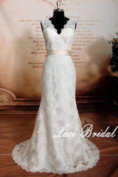Vintage Lace Wedding Dress, Sweetheart Neckline Bridal Gown, Deep V-Cut Back StyleWedding Dress With Satin Sash