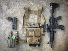 Another amazing loadout pic from featuring all the best tactical brands 🔥🔥🔥 Battle Belt, Battle Rifle, Airsoft, Edc, Plate Carrier Setup, War Belt, Ar Rifle, Tactical Wear, Combat Gear