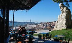 Esplanada do Miradouro de Santa Catarina, Lisboa