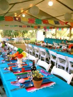 Quinceanera Party Planning – 5 Secrets For Having The Best Mexican Birthday Party Mexican Fiesta Party, Fiesta Theme Party, Festa Party, Party Themes, Party Ideas, Luau Party, Mexican Party Decorations, Table Decorations, Mexican Babies