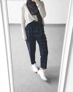 new ideas for style hijab casual street Moda Hijab, Hijab A Enfiler, Hijab Mode, Casual Hijab Outfit, Hijab Chic, Casual Hijab Styles, Modern Hijab Fashion, Street Hijab Fashion, Tokyo Street Fashion