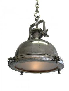 Deze industrielamp is te bekijken en te bestellen bij Gaaf! Kitchen Pendants, Industrial Lighting, Vintage Furniture, Ceiling Lights, Lamps, Decorating, Design, Home Decor, Ideas
