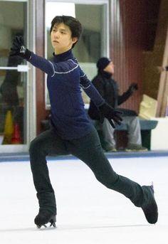 【トロント共同】フィギュアスケート男子でソチ冬季五輪金メダルの羽生結弦(ANA)は13日、カナダのトロントで練習を公開し「プログラムに入れられる(ジャンプ成功)確率になっている」として大技の4回転ル…