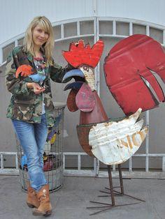 A Rooster for Linsey! I think Buford should make one. Junk Metal Art, Metal Yard Art, Scrap Metal Art, Junk Art, Welding Art Projects, Metal Art Projects, Diy Welding, Metal Crafts, Chicken Crafts