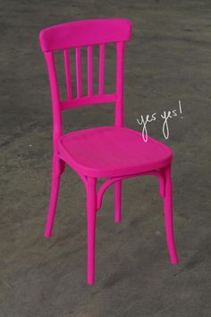 i LOVE this. @Emily Dey would you ev let me paint our bar stools? (that we don't have yet) :) heiliger_stuhl