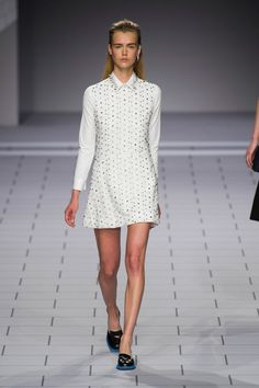 Viktor & Rolf Spring 2014 Runway Pictures - StyleBistro