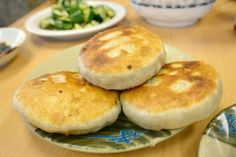 3 Great Chinese Meat Pies in Los Angeles | Have You Eaten? | Food | KCEThttp://www.kcet.org/living/food/the-nosh/have-you-eaten/3-great-chinese-meat-pies-in-los-angeles.html?utm=fb