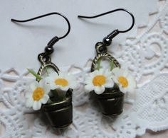 Daisy Bucket Earrings.