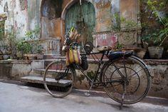 Back alley in Old Delhi
