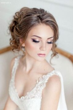 50 Amazing Vintage Retro Wedding Hairstyles Check more at http://lucky-bella.com/amazing-vintage-retro-wedding-hairstyles/
