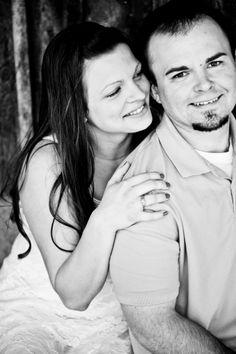 Engagement Photos www.facebook.com/photographyonthewall