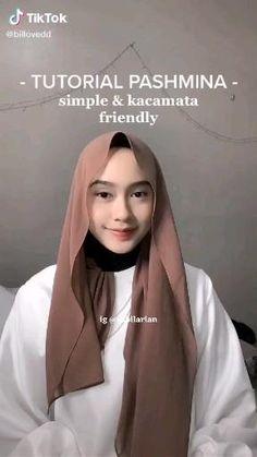 Hijab Fashion Summer, Modest Fashion Hijab, Street Hijab Fashion, Casual Hijab Outfit, Simple Hijab Tutorial, Hijab Style Tutorial, Pashmina Hijab Tutorial, Scarf Tutorial, How To Wear Hijab