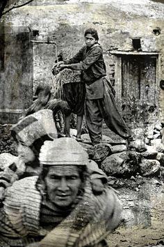 Water belongs to everyone - Kuvat Nepal People, Water, Photography, Life, Art, Gripe Water, Art Background, Photograph, Fotografie