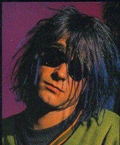 Kurt Cobain Quotes, Nirvana Kurt Cobain, Dave Grohl, Piskel Art, Donald Cobain, Hot Dads, Feeds Instagram, Riot Grrrl, Dave Matthews