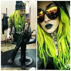 In love with neon hairs Green neon yellow hair Bright Hair, Pastel Hair, Neon Hair, Funky Hairstyles, Pretty Hairstyles, Yellow Hair, Neon Yellow, Coloured Hair, Crazy Hair