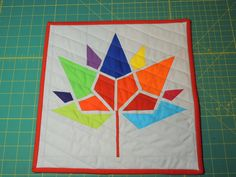 Canada 150 mini quilt - to be added to a project by London Modern Quilt Guild Applique Patterns, Quilting Patterns, Quilting Ideas, Easy Sewing Projects, Sewing Tips, Canadian Quilts, Quilts Canada, Denim Quilts, Canada 150