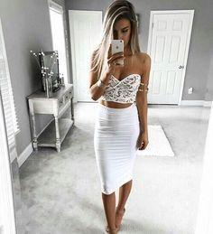 White style ⚪️ Yes or No? Via @fashionsidol @selfiechics