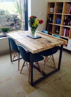 Tavolo da cucina vintage in legno massello 140x80x75