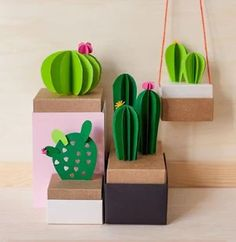 diy paper cactus plants for easy decoration Origami, Diy Paper, Paper Art, Diy For Kids, Crafts For Kids, Papier Diy, Paper Plants, Paper Succulents, Diy Shows